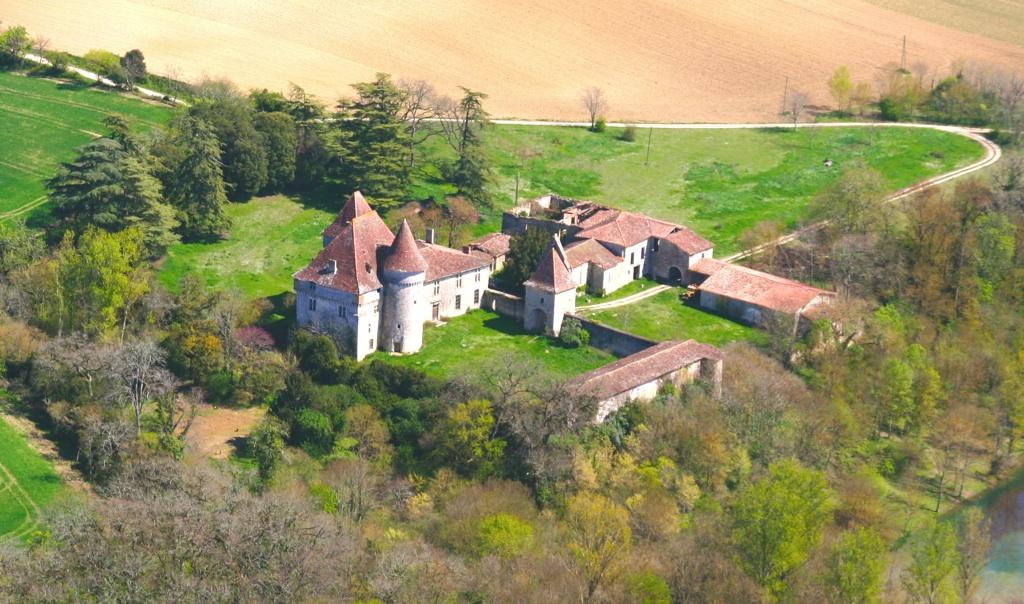 Le chateau d esclignac monfort for Chambre d hote gers